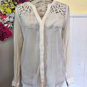 Ann Taylor button front blouse